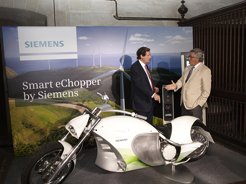 Product launch Smart eChopper Siemens 3
